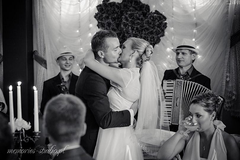 Memories Studio Film i Fotografia # Justyna i Bartek Toruń (26)