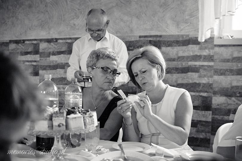 Memories Studio - film i fotografia Plenerowa LIcheń Stary, Konin (56)