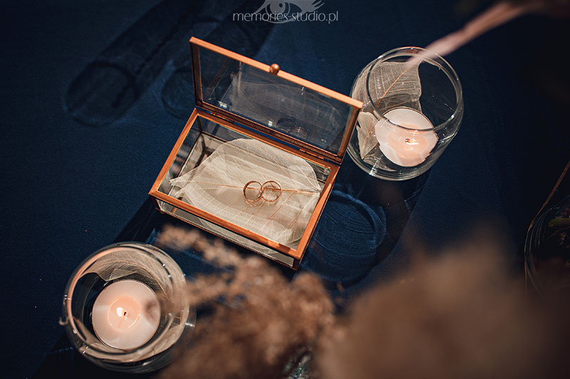 Inscenizowana sesja ślubna - Memories Studio